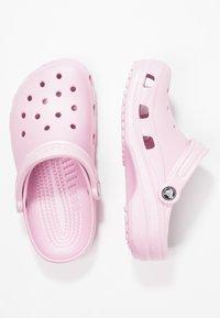 Crocs - CLASSIC - Sandalias planas - ballerina pink - 2