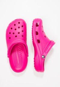 Crocs - CLASSIC - Muiltjes - candy pink - 1