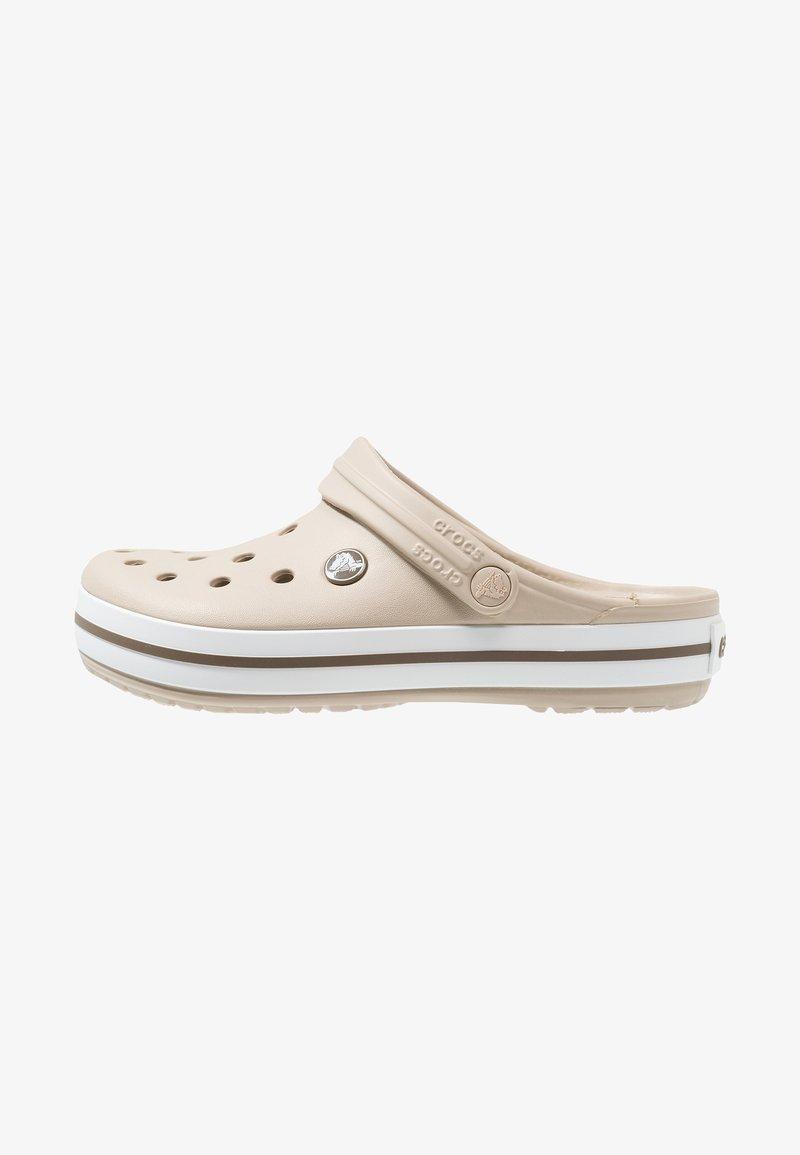 Crocs - CROCBAND - Dřeváky - cobblestone/walnut