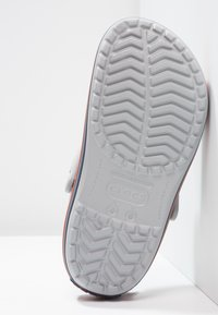 Crocs - CROCBAND - Dřeváky - grey - 4