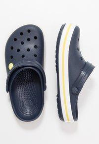 Crocs - CROCBAND - Clogs - navy/citrus - 1