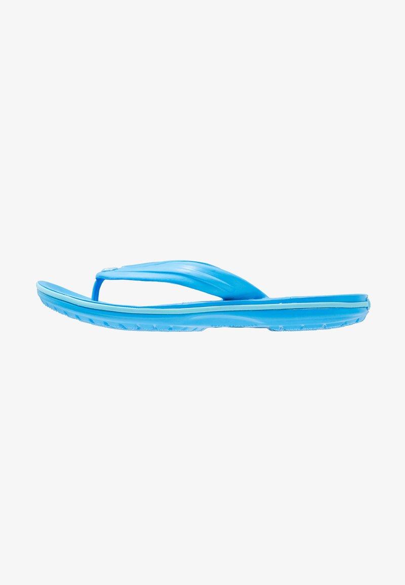Crocs - CROCBAND FLIP RELAXED FIT - Bade-Zehentrenner - blue