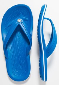 Crocs - CROCBAND FLIP - Pool shoes - bright cobalt/white - 1
