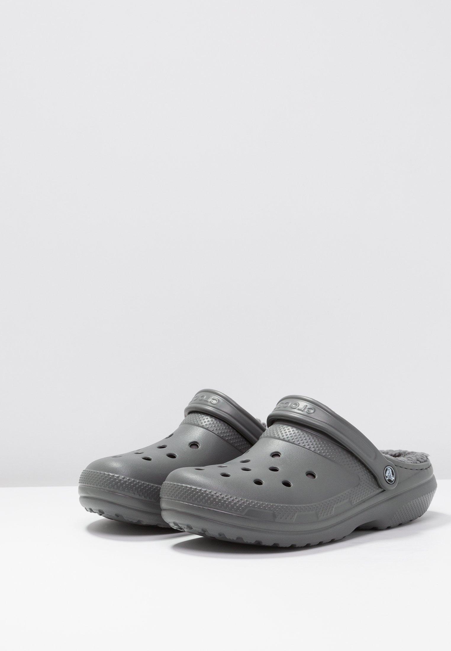 Crocs CLASSIC LINED ROOMY FIT - Clogs - slate grey/smoke