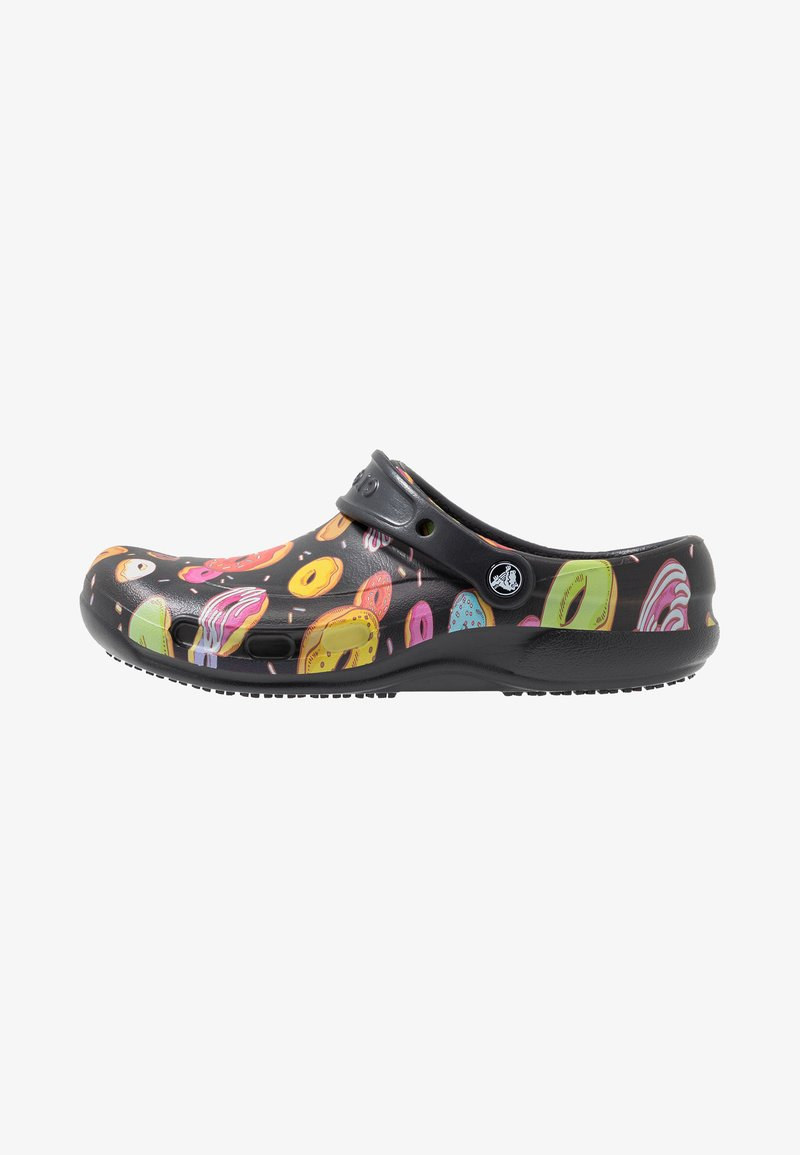 Crocs - BISTRO GRAPHIC - Drewniaki i Chodaki - black/multicolors