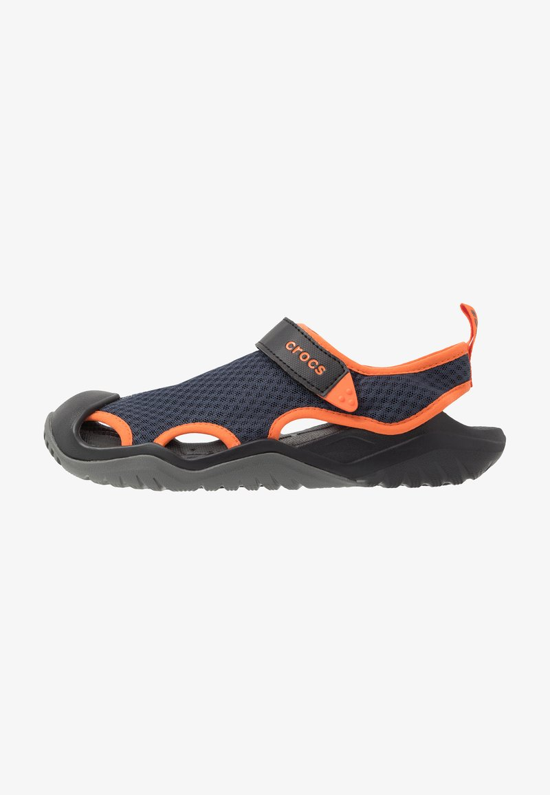 Crocs - SWIFTWATER DECK - Zuecos - navy/tangerine