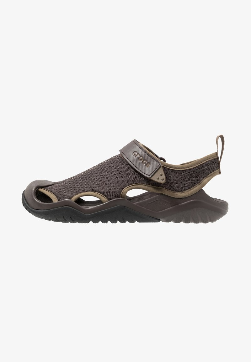 Crocs - SWIFTWATER DECK RELAXED FIT - Sandals - espresso