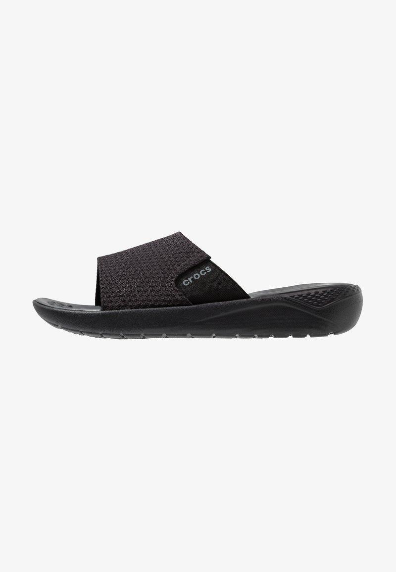 Crocs - LITERIDE MESH SLIDE RELAXED FIT - Pantofle - black/slate grey