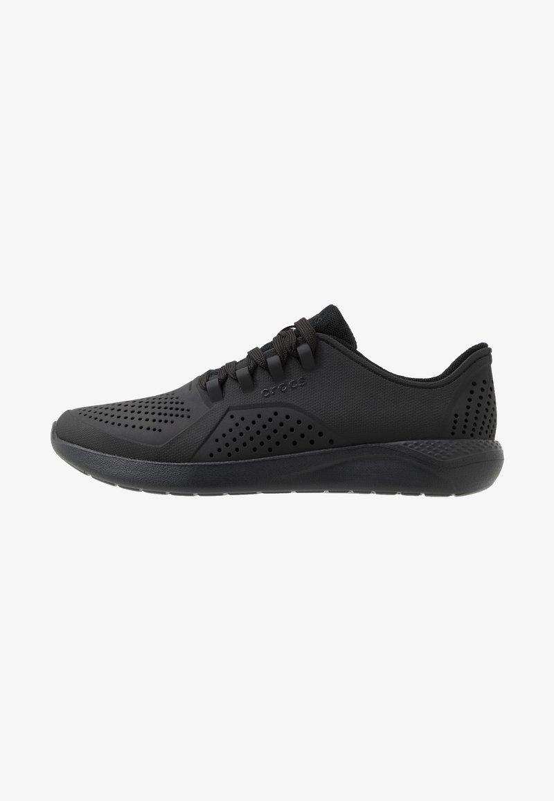 Crocs - LITERIDE PACER  - Sneakersy niskie - black