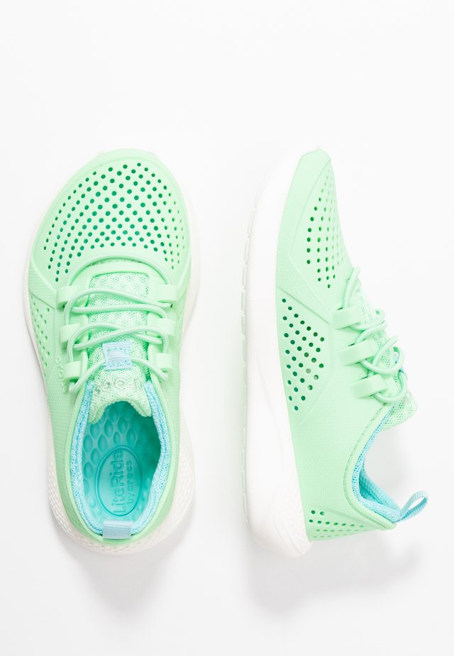 LITERIDE PACER - Zapatillas - neo mint/white