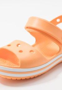 Crocs - CROCBANDKIDS - Chanclas de baño - cantaloupe - 2