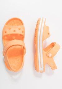 Crocs - CROCBANDKIDS - Chanclas de baño - cantaloupe - 0