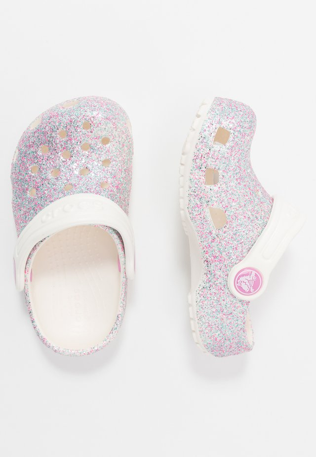 CLASSIC GLITTER - Pantolette flach - oyster