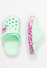 Crocs - FUNLAB UNICORN BAND - Pool slides - neo mint - 0