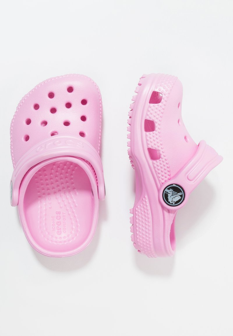 Crocs - CLASSIC - Badesandaler - carnation