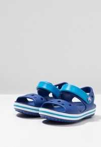 Crocs - CROCBAND KIDS - Pool slides - cerulean blue/ocean - 3