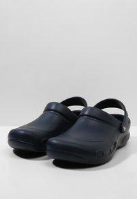Crocs - BISTRO - Clogs - navy - 2