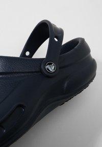 Crocs - BISTRO - Clogs - navy - 5