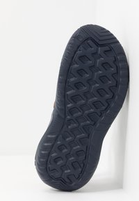 Crocs - SWIFTWATER - Sandały kąpielowe - navy/slate grey - 4