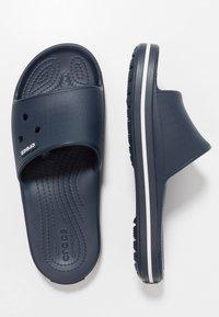 Crocs - SLIDE - Chanclas de baño - navy/white - 1