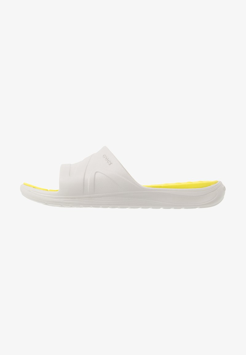 Crocs - REVIVA SLIDE - Badesandaler - pearl white/citrus