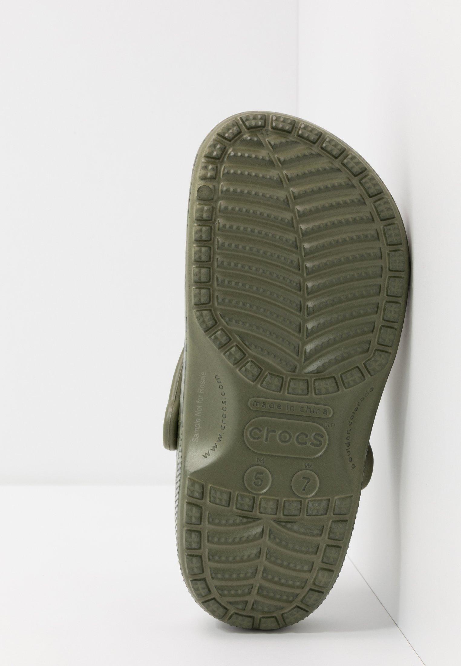 Crocs CLASSIC PRINTED CAMO - Træsko - army green