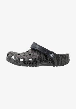CLASSIC PRINTED CAMO - Clogs - black