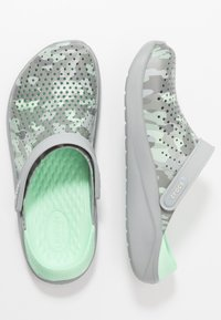 Crocs - LITERIDE PRINTED - Clogs - neo mint/light grey - 1