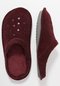 Crocs - CLASSIC - Pantuflas - burgundy - 1