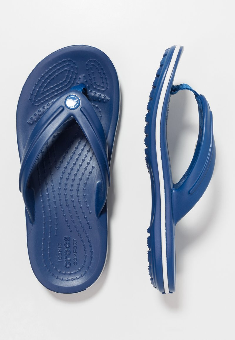 Crocs - CROCBAND RELAXED FIT - Bade-Zehentrenner - blue jean