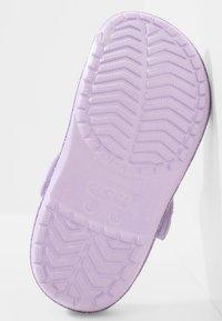 Crocs - Badslippers - lavender - 4