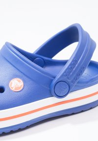 Crocs - CROCBAND - Sandały kąpielowe - cerulean blue - 5