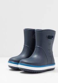 Crocs - CROCBAND RAIN BOOT - Wellies - navy/bright cobalt - 3