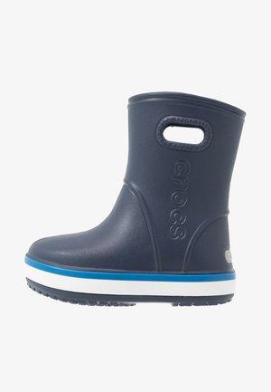 CROCBAND RAIN BOOT - Bottes en caoutchouc - navy/bright cobalt