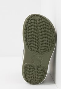 Crocs - CROCBAND RAIN BOOT - Regenlaarzen - army green/slate grey - 5