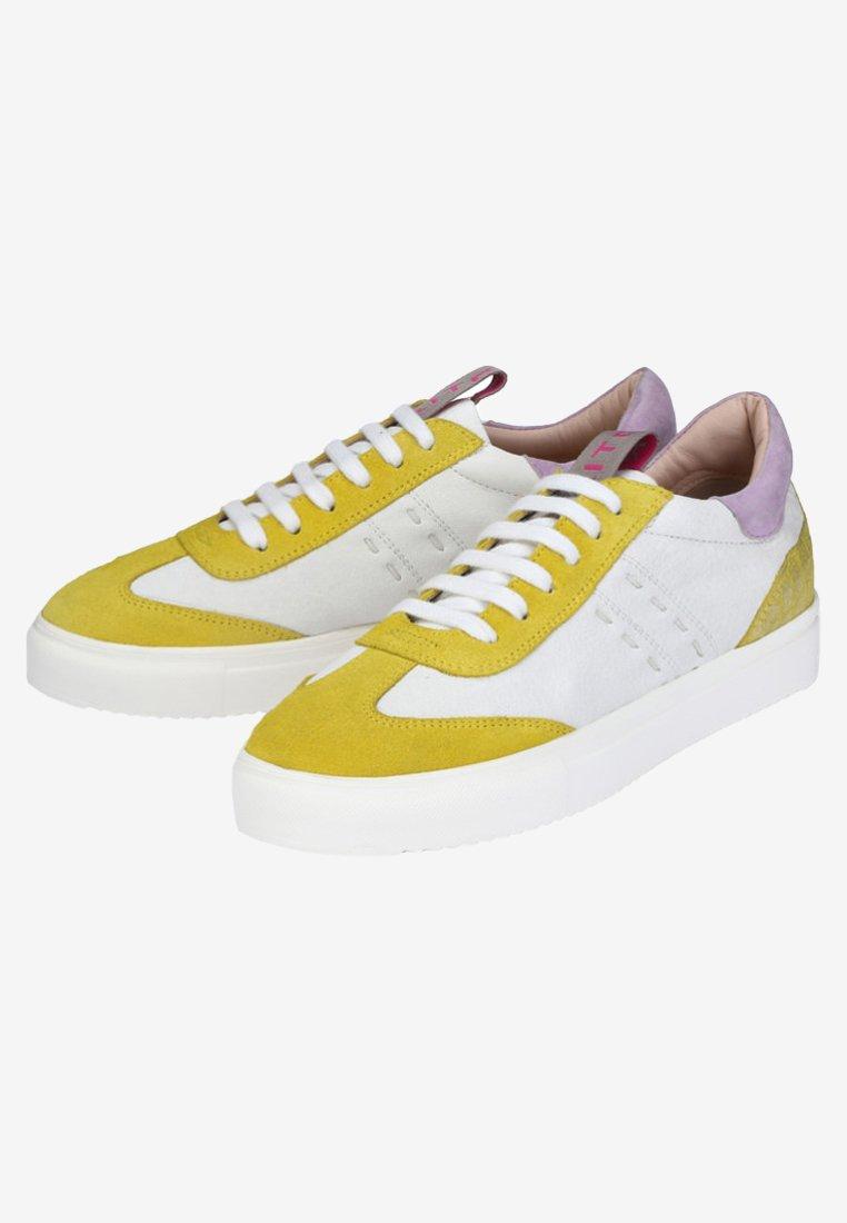 Crickit SIENNA - Sneakers - White/ yellow