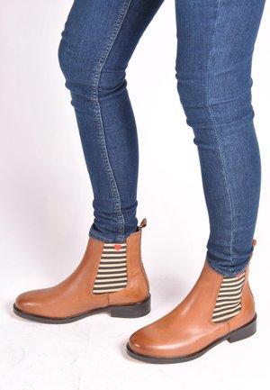 VANESSA - Classic ankle boots - cognac
