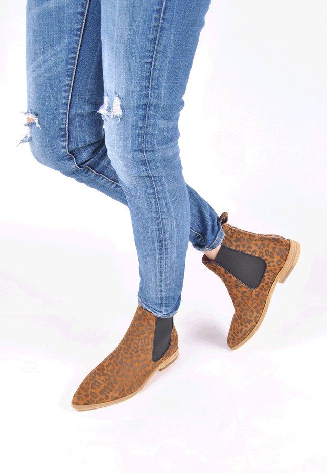CHELSEA BOOT ESTELLE - Classic ankle boots - leopard