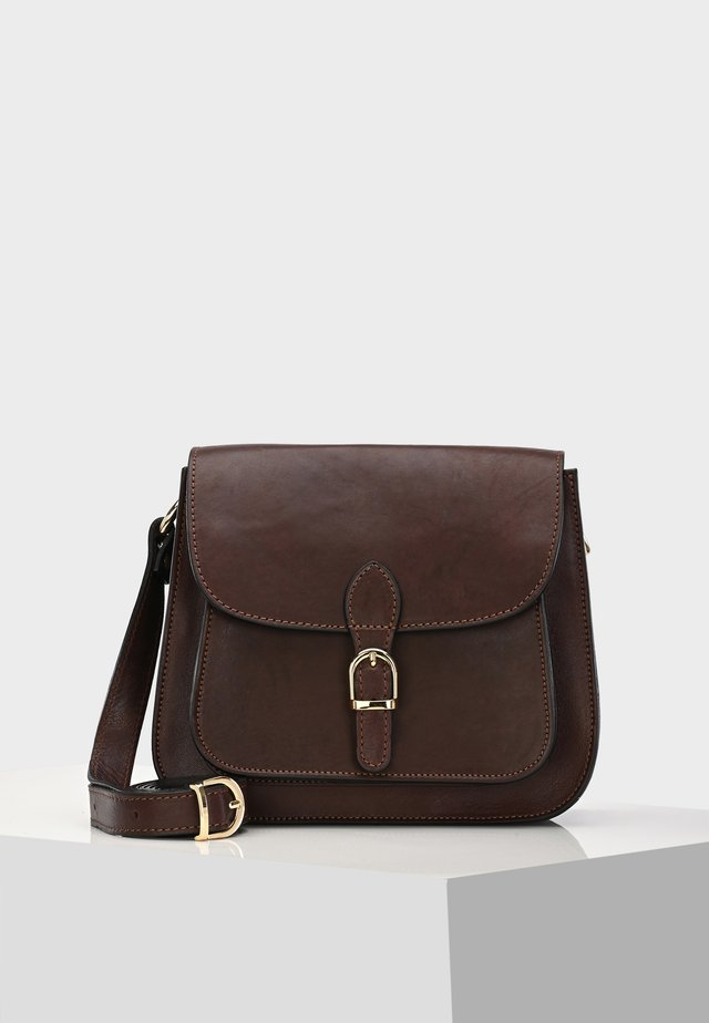 SADDLE BAG DEGNA SADDLE BAG - Across body bag - dunkelbraun