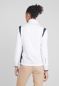 Cross Sportswear - HURRICANE JACKET - Waterproof jacket - white - 2