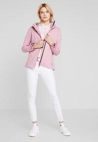 Cross Sportswear - MIST JACKET - Chaqueta outdoor - old pink - 1