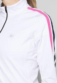 Cross Sportswear - STINGER - Fleecejacka - white - 4