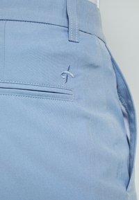 Cross Sportswear - BYRON SHORTS SOLID - Sportovní kraťasy - forever blue - 5