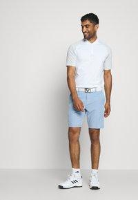 Cross Sportswear - BYRON SHORTS SOLID - Sportovní kraťasy - forever blue - 1