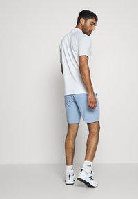 Cross Sportswear - BYRON SHORTS SOLID - Sportovní kraťasy - forever blue - 2
