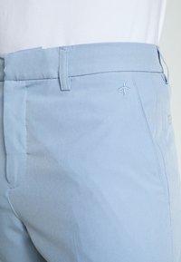 Cross Sportswear - BYRON SHORTS SOLID - Sportovní kraťasy - forever blue - 3