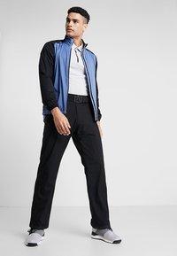 Cross Sportswear - HURRICANE JACKET - Vodotěsná bunda - bijou blue - 1