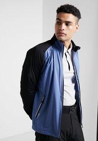 Cross Sportswear - HURRICANE JACKET - Vodotěsná bunda - bijou blue - 0