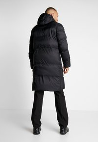 Cross Sportswear - LIGHT COAT - Dunkappa / -rock - black - 2