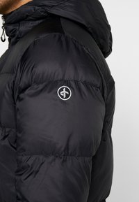 Cross Sportswear - LIGHT COAT - Dunkappa / -rock - black - 6
